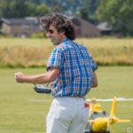 Schaal helikopters Guy van der Schelde
